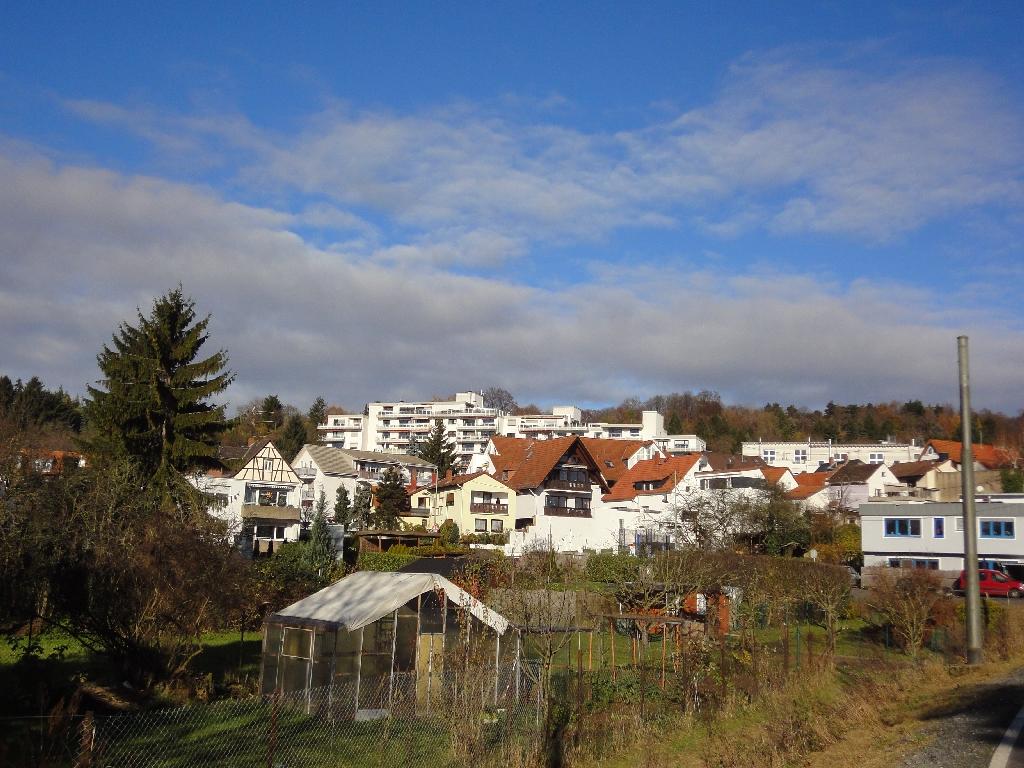 Seckbach unterhalb des Lohrberg