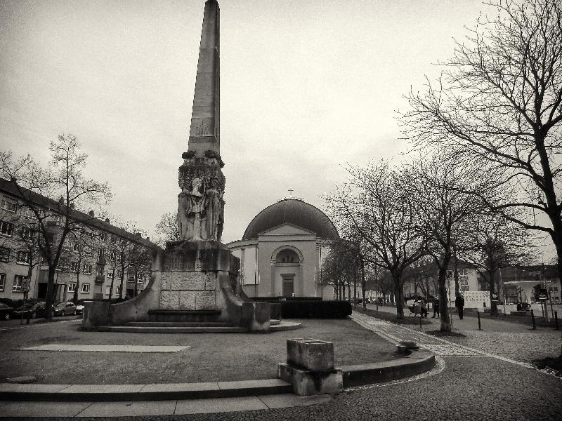 St.Ludwig nebst Obelisk