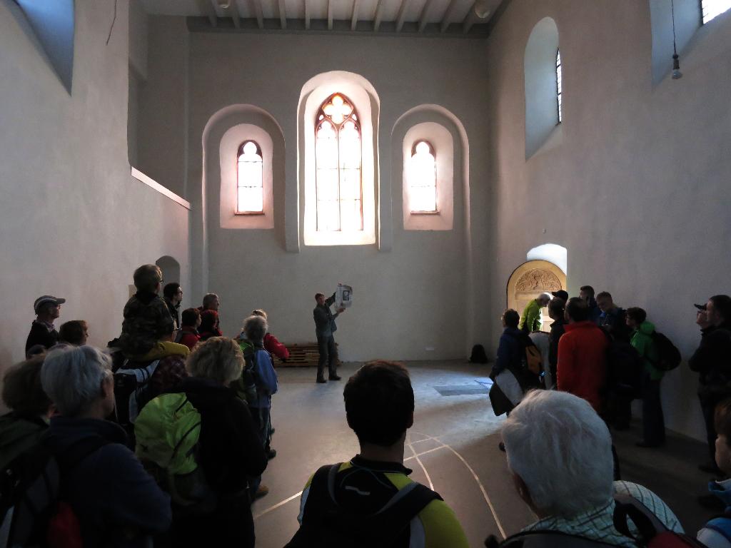 Begrüßung der Teilnehmer in der Klosterkapelle