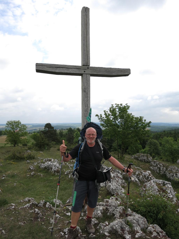 Am Gipfelkreuz bei Harburg