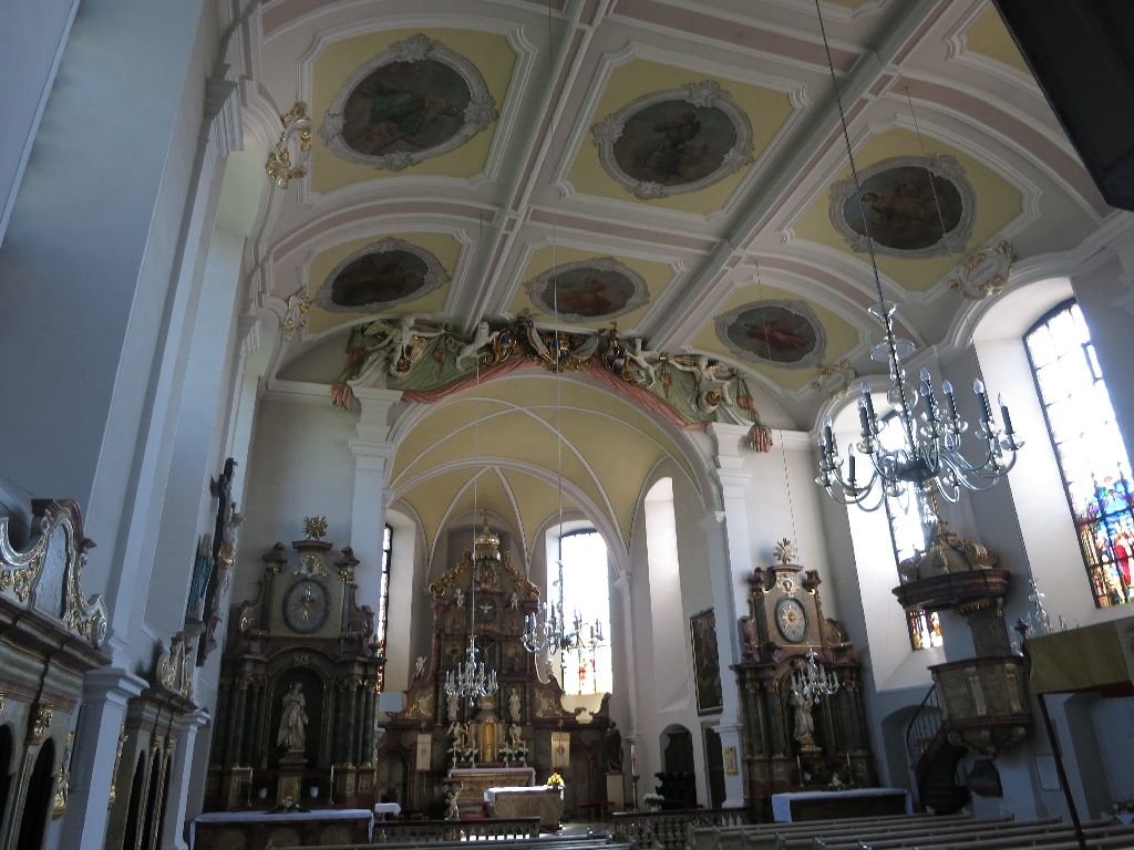 Barocke Pfarrkirche in Abenheim